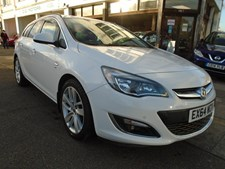 Vauxhall Astra 2.0CDTi 16v (165ps) SRi (s/s) Sports Tourer 5d 1956cc